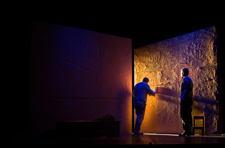 Il teatro è un portatore sano di umanità. Parlando di filosofia con Michele Santeramo
