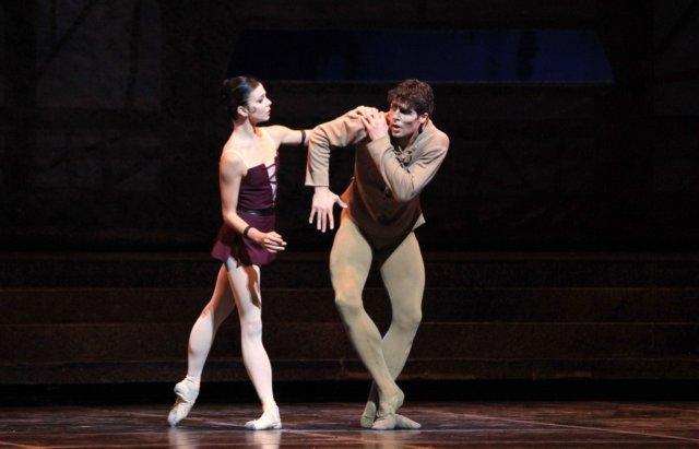 Notre Dame de Paris -Natalia Osipova e   Roberto Bolle - foto Rudy Amisano Teatro alla Scala