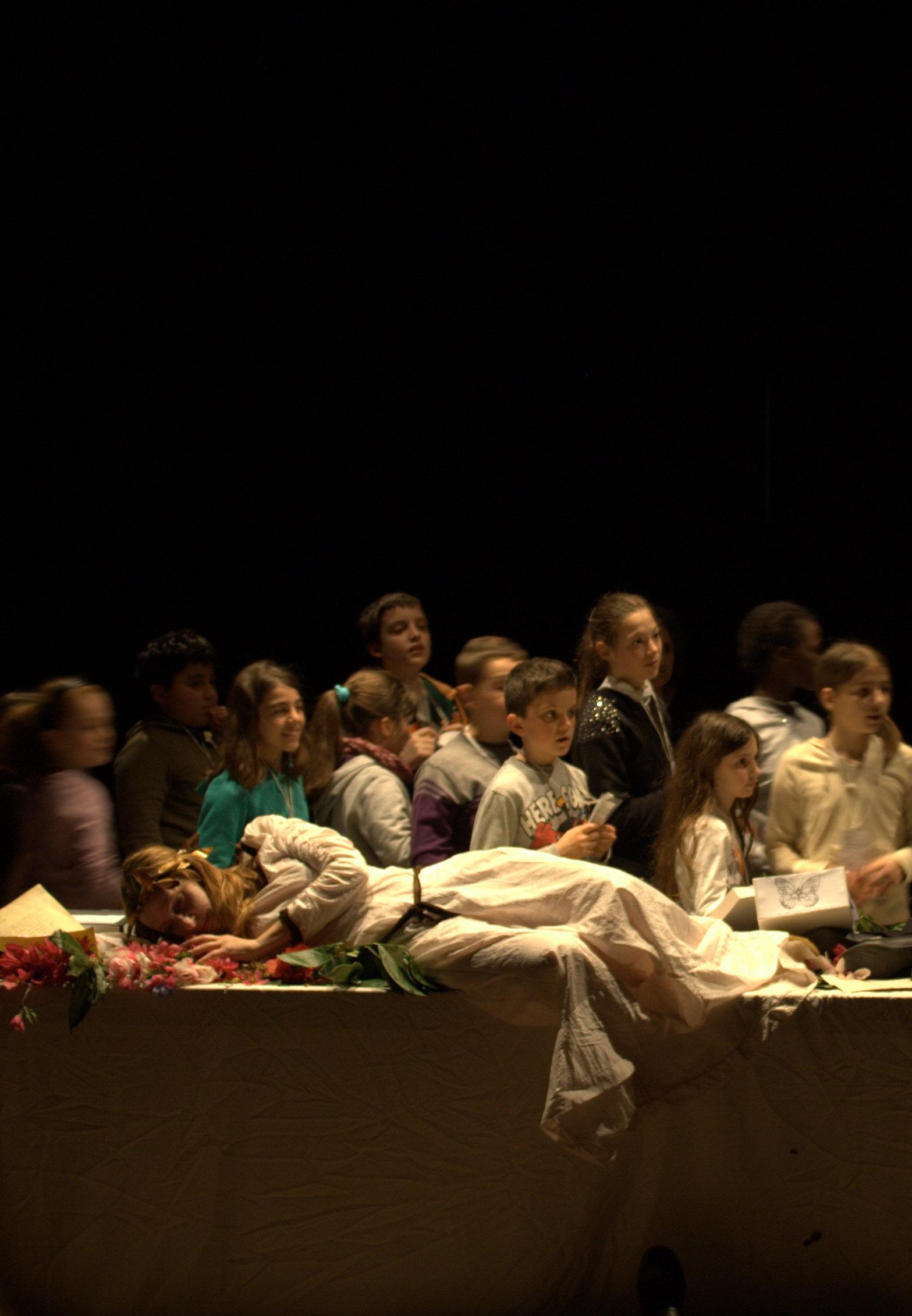 La schiena di Arlecchino di Chiara Guidi, foto di Simona  Barducci