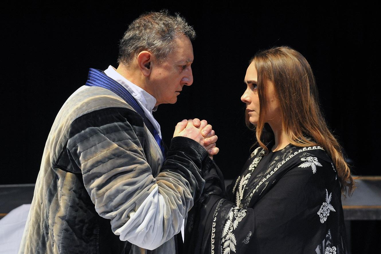 ANTIGONE di Tiezzi_Sandro Lombardi (Creonte) e Lucrezia Guidone (Antigone)_foto di Achille Le Pera (9)