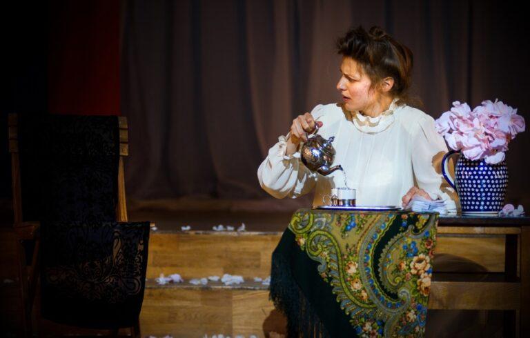 SCRITTURE SULLA SCENA 20/21: Martina D'Antonio su Katie's Tales